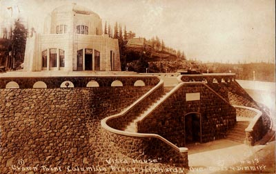 Postcard image of Crown Point Vista House showing Italian stonemasons' work.