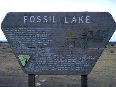 Fossil Lake sign